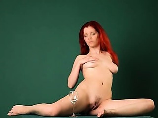Porno Video of Redhead Arial Glamour On Billiards