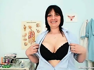 Porn Tube of Big Tits Amateur Milf Zora Toying Her Hairy Pussy