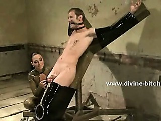 Porno Video of Strong Male Slave With Huge Muscles Immobilized In Ropes And Cuffs By Gang Of Horny Mistresses