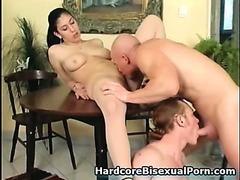 Girls Love Bisexual Dudes!
