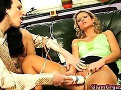Glamour euro lesbian vibrator and oral