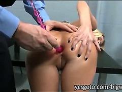Blonde bombshell pornstar Riley Evans asshole slammed