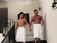 Muscley gay hunk anal fucks gay