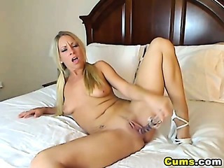 Porno Video of Hot Blond Getting Wet With Her Toys Hd