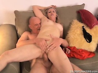 Porno Video of Gorgeous Grandmother Annabelle Brady