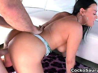 Porno Video of Busty Whore Vanilla Deville Gets Her