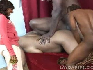 Porno Video of Lay Day Pipe