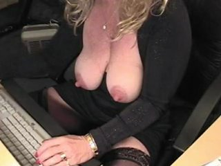 Porno Video of Amateur Home Made - Linda