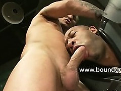 Jessie gets his fat cock milked by Josh
