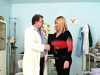 Porno Video of Big Tits Blond Mature Hairy Pussy Exam