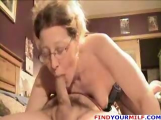 Porno Video of Amateur Older Wife Gives Blowjob And Footjob