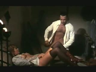 Porno Video of Retro Clip