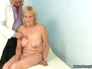 Sex Movie of Grandma Gets A Full Body Inspection From