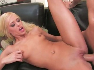Porno Video of Blonde Hooker With Shaved Cunt Copulated