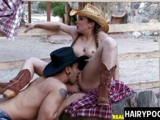 Porno Video of Beautiful And Sexy Cowgirl Spreads Her Legs