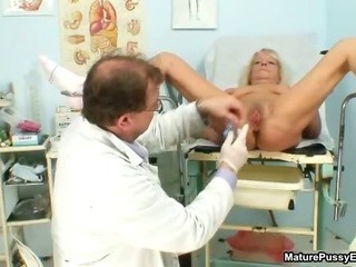 Porn Tube of Grandma Gets Her Tight Pussy