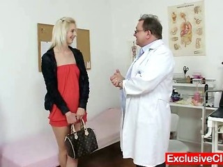 Porno Video of Slim Blonde Mia Hilton Kinky Vagina Medical Exam