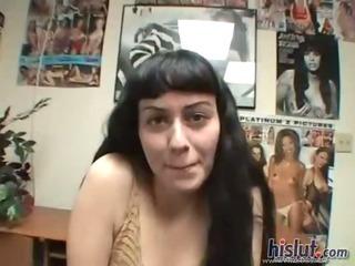 Porno Video of Sasha Got On Her Knees