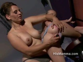 Porno Video of Mature Lesbian Explores Her Own Offsprings Girlfriends Pussy