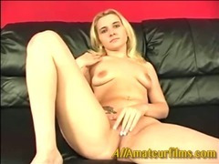Taylor letting a amateur lick her pussy