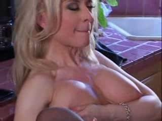 Porno Video of Tasting That Granny Punany!