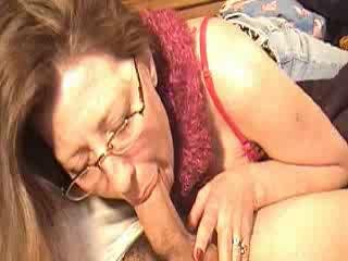 Porno Video of Mom Sucking Cock For A Bit Of Money