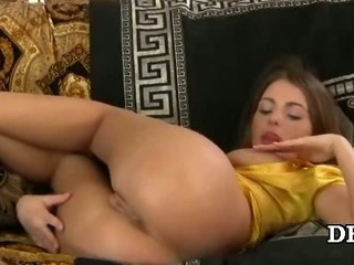 Porn Tube of Stretching Innocent Pussy