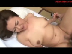 Milf Getting Her Hairy Pussy Fucked By Guy Facial On The Bed In The Bedroom